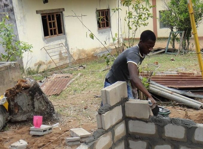 MOZAMBIQUE: Construction Volunteer Work