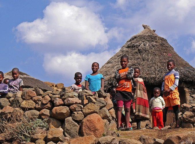 LESOTHO: Community Volunteer Work