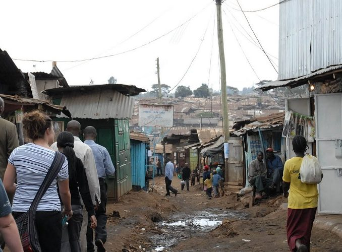 KENYA: Slum Volunteer Project