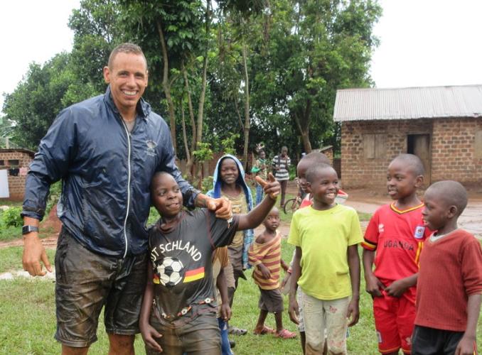 KENYA: Sports Coaching Volunteer Project