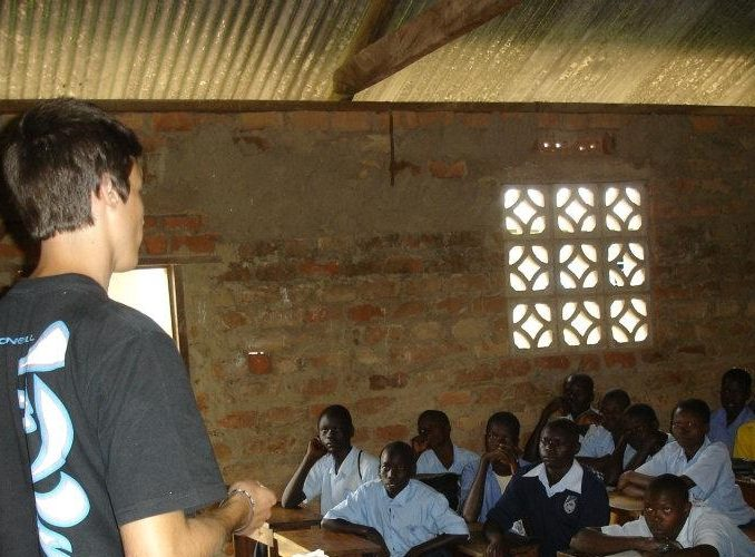 7 Perfect Ways to Volunteer in Uganda