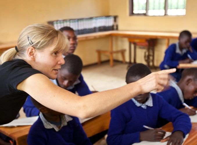TANZANIA: Teaching Volunteer Project