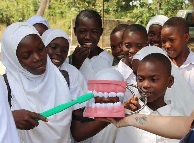 MALAWI: Dentistry Volunteer Work