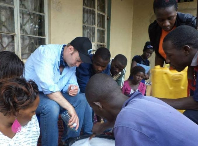UGANDA: Refugees Support Volunteer Work