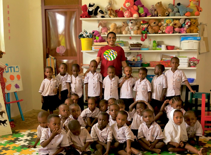 ZANZIBAR: Teaching Volunteer Work