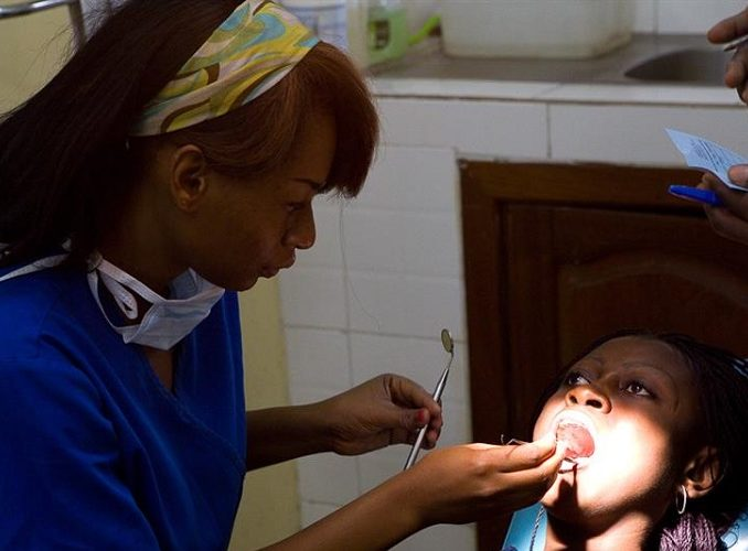 KENYA: Dentistry & Optometry Volunteer Project
