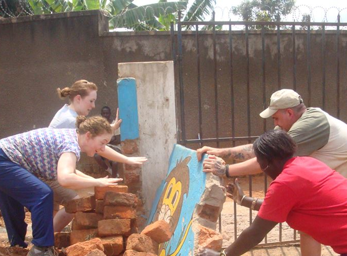 14 Days Construction and Building Volunteering Project Uganda