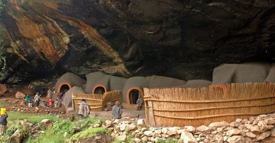Kome Caves Lesotho Summer Volunteer Travel